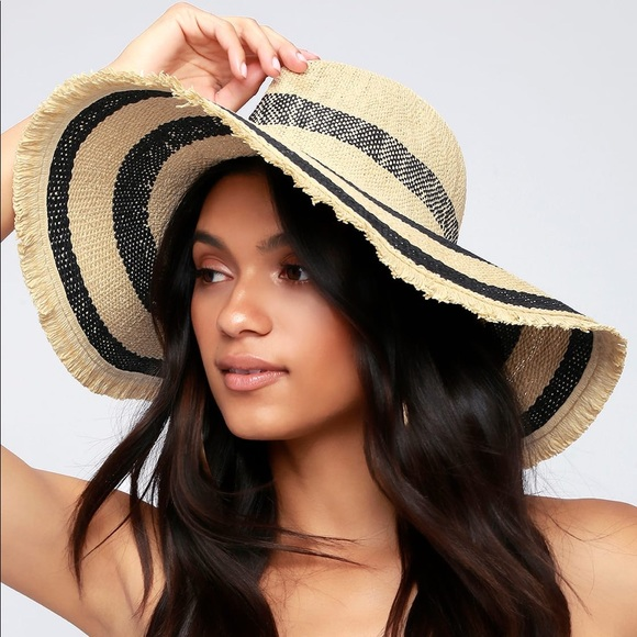 65693d4dc13 Lulu s Stripe Straw Hat